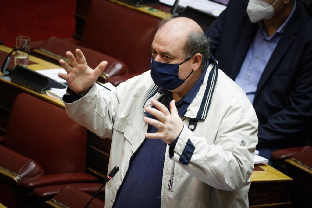 Φίλης: Ο ΣΥΡΙΖΑ δεσμεύεται να καταργήσει την «αξιολόγηση» Κεραμέως
