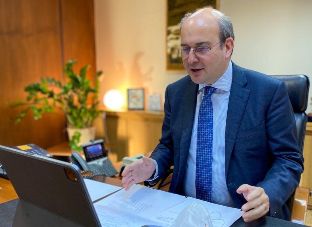 Οι δικηγόροι συμφωνούν με την πρόταση Χατζηδάκη για συμμετοχή τους στη διαδικασία υπολογισμού συντάξεων
