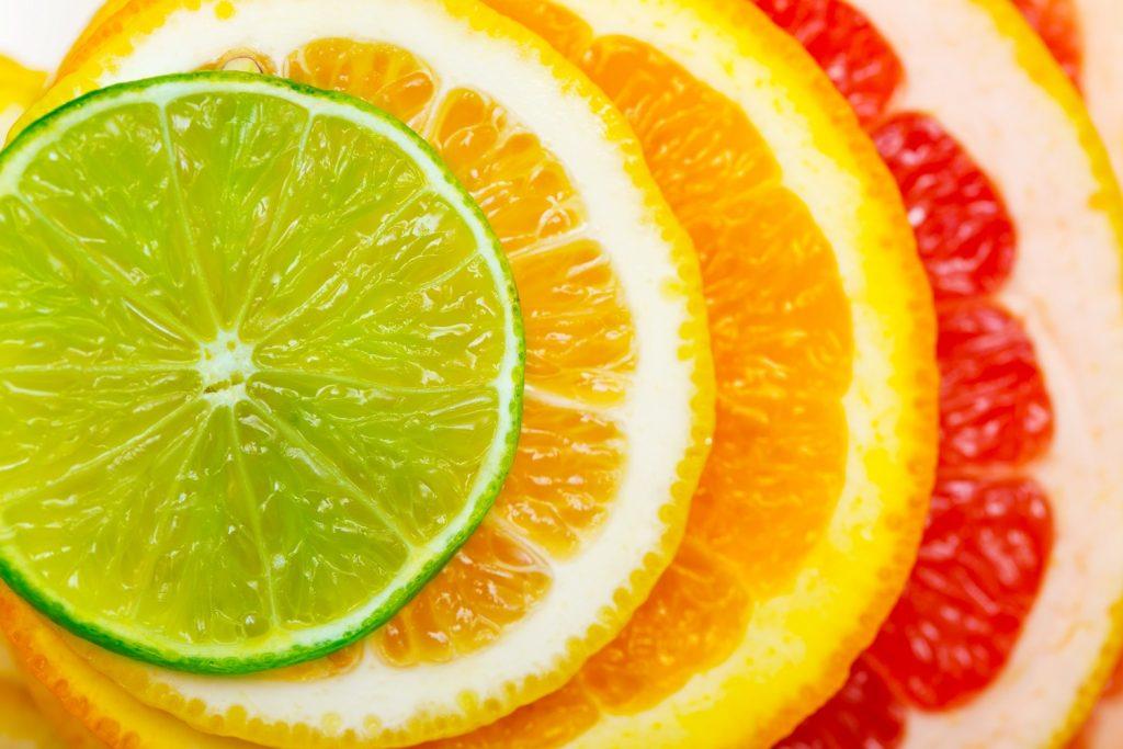 Αυτά τα φρούτα κρατούν γερό το μυαλό και προστατεύουν από τη γήρανση