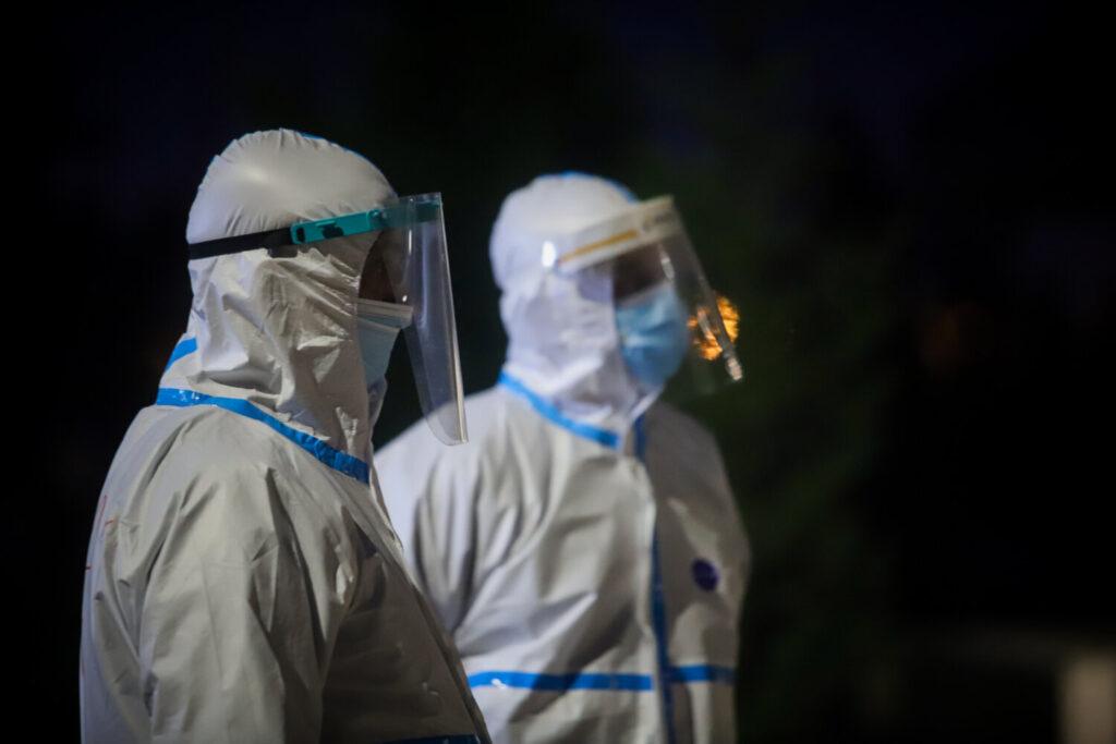 Συναγερμός: Εντοπίστηκε στις ΗΠΑ στέλεχος του κορωνοϊού ανθεκτικό στα αντισώματα