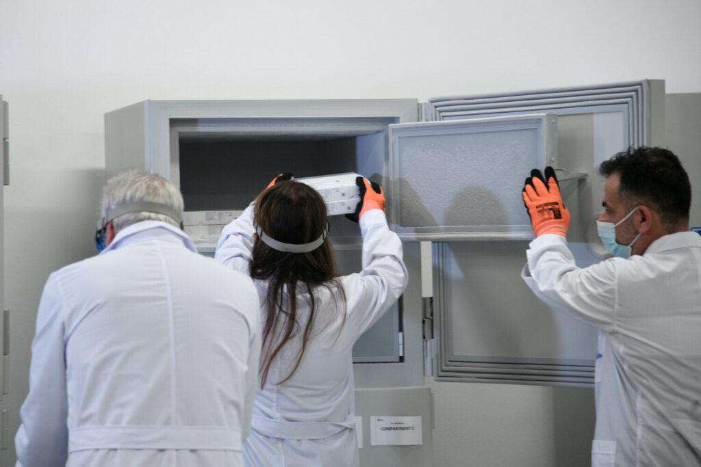 Άρειος Πάγος για πλαστά πιστοποιητικά εμβολιασμού:  Εισαγγελείς στα εμβολιαστικά κέντρα – Ταχύτατες έρευνες
