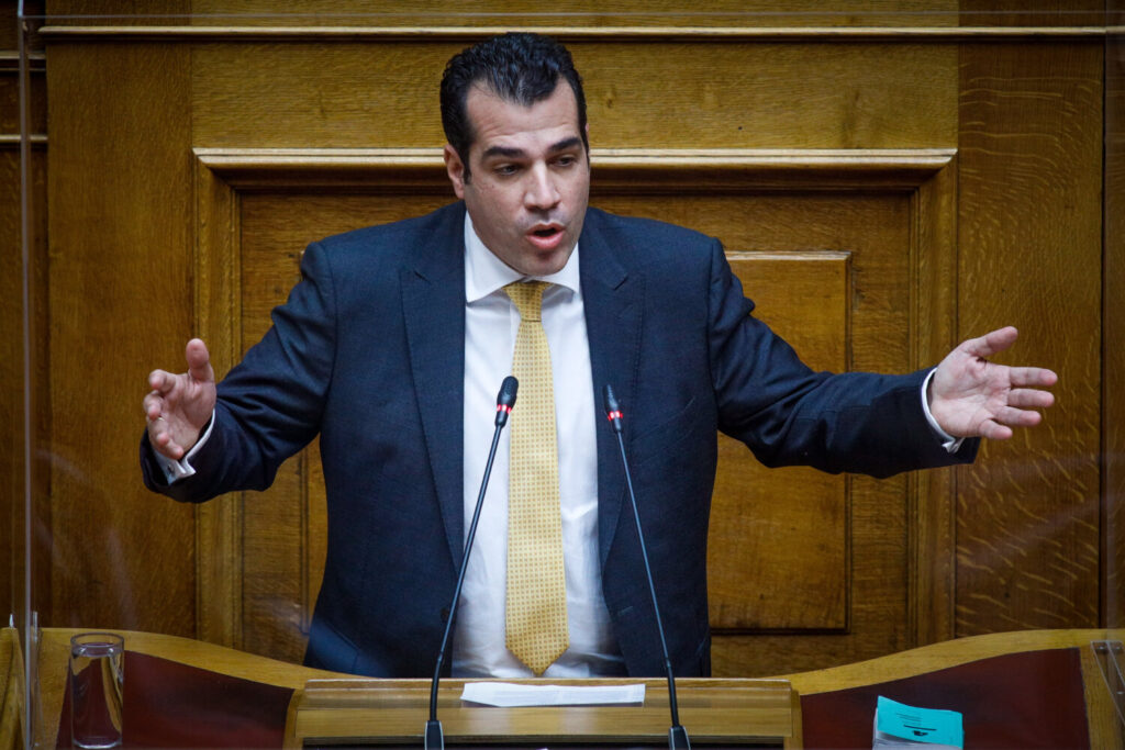 Θάνος Πλεύρης στο Bigpost: Δεν τίθεται θέμα παραίτησης της Μενδώνη, είναι μια καλή υπουργός