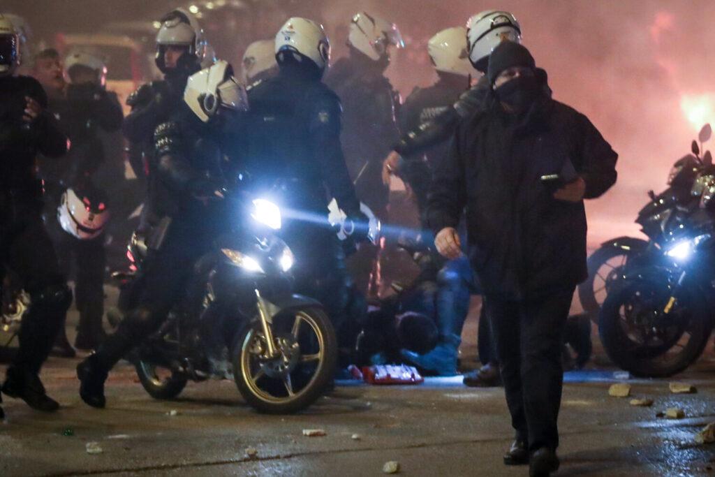 Νέα Σμύρνη: Ηχητικό ντοκουμέντο με τους διαλόγους της ΕΛ.ΑΣ την ώρα της επίθεσης στον αστυνομικό