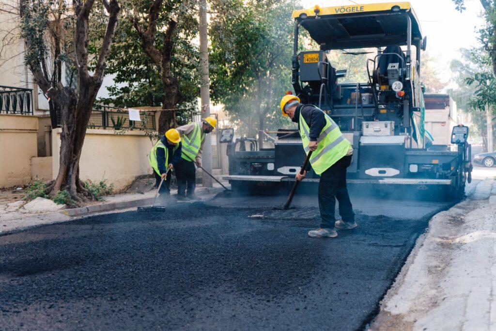 Ασφαλτοστρώσεις στο 50% του οδικού δικτύου της Αθήνας με προϋπολογισμό 42 εκατ. ευρώ