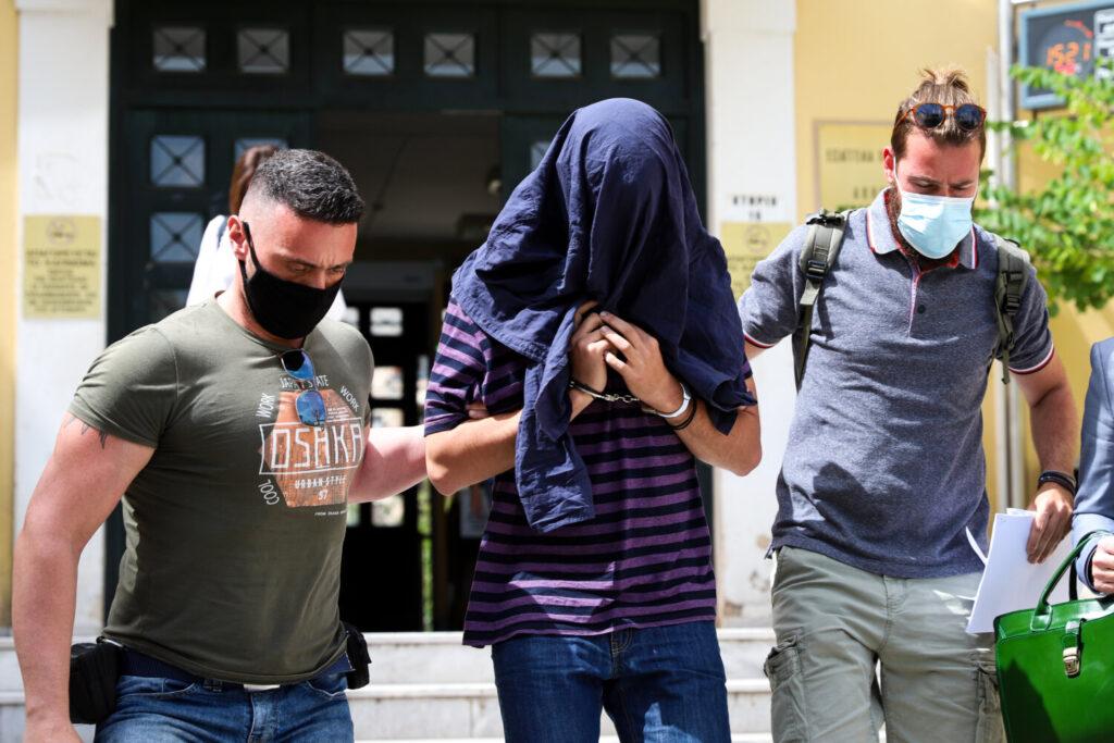 Νέα Σμύρνη: Την Δευτέρα η απολογία του 22χρονου – Πήρε  προθεσμία και κρατείται