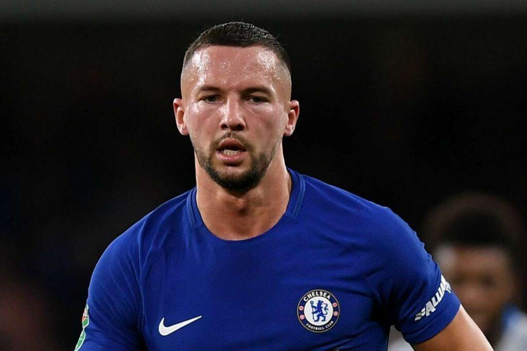 Διάσημος Άγγλος ποδοσφαιριστής πόζαρε γυμνός στη Μύκονο!