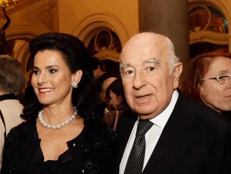 Η άγνωστη πλουσιότερη «τραπεζίτης» του κόσμου και τα παιδιά της είναι Έλληνες