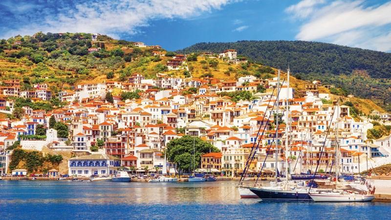 Η Σκόπελος o κορυφαίος ελληνικός τουριστικός προορισμός για τους Σκανδιναβούς
