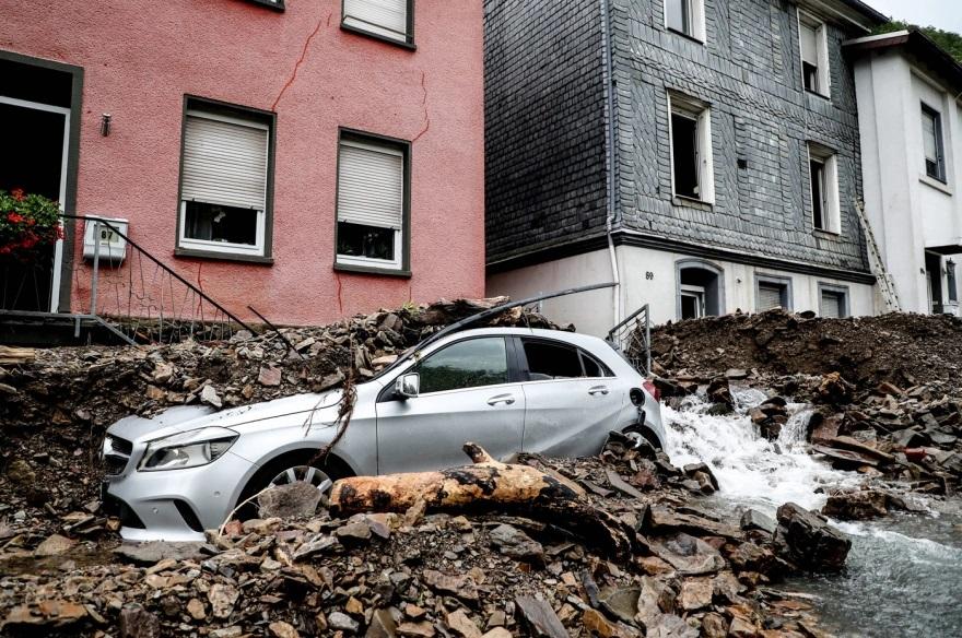 Στο έλεος της κακοκαιρίας Γερμανία και Βέλγιο:  Δεκάδες νεκροί  και αγνοούμενοι από τις φονικές πλημμύρες