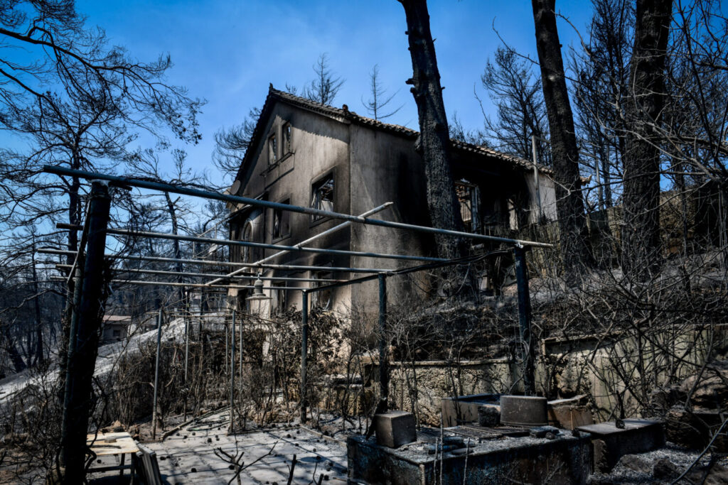 Νέα έκτακτη χρηματοδότηση 10 εκ. ευρώ σε πληγέντες Δήμους και Περιφέρειες από τις πυρκαγιές