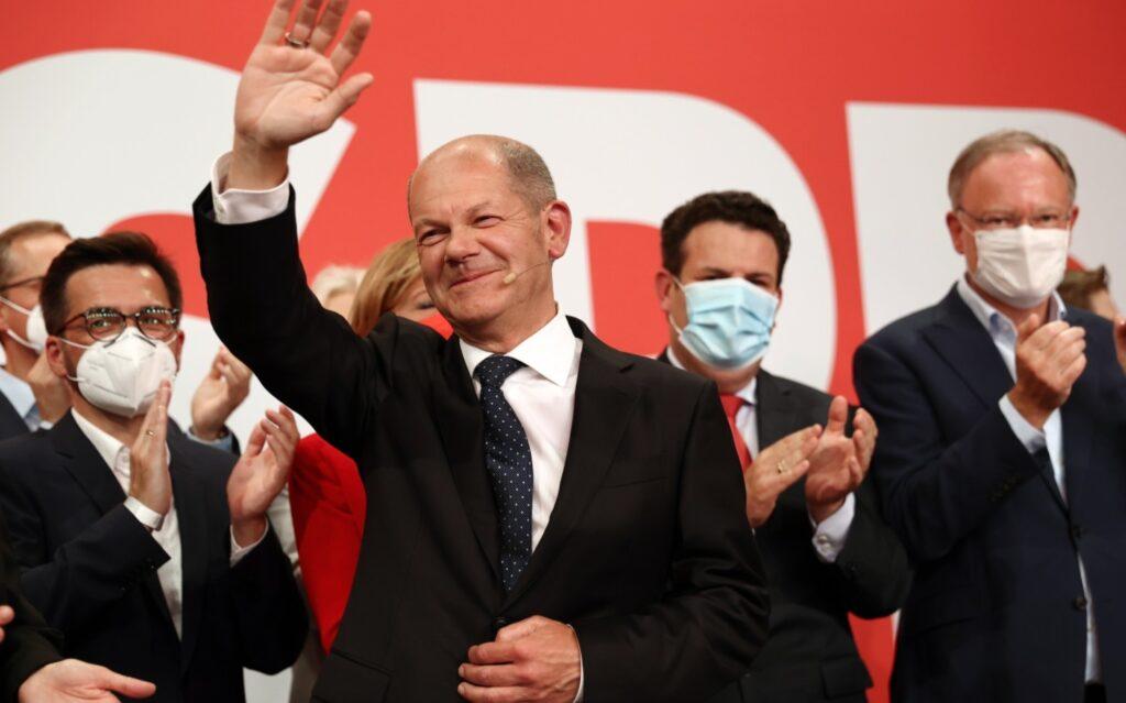 Γερμανικές εκλογές: Θρίαμβος Σολτς και SPD – Κερδισμένοι οι «Πράσινοι», «βουτιά» για το CDU – Τα σενάρια για τη νέα κυβέρνηση