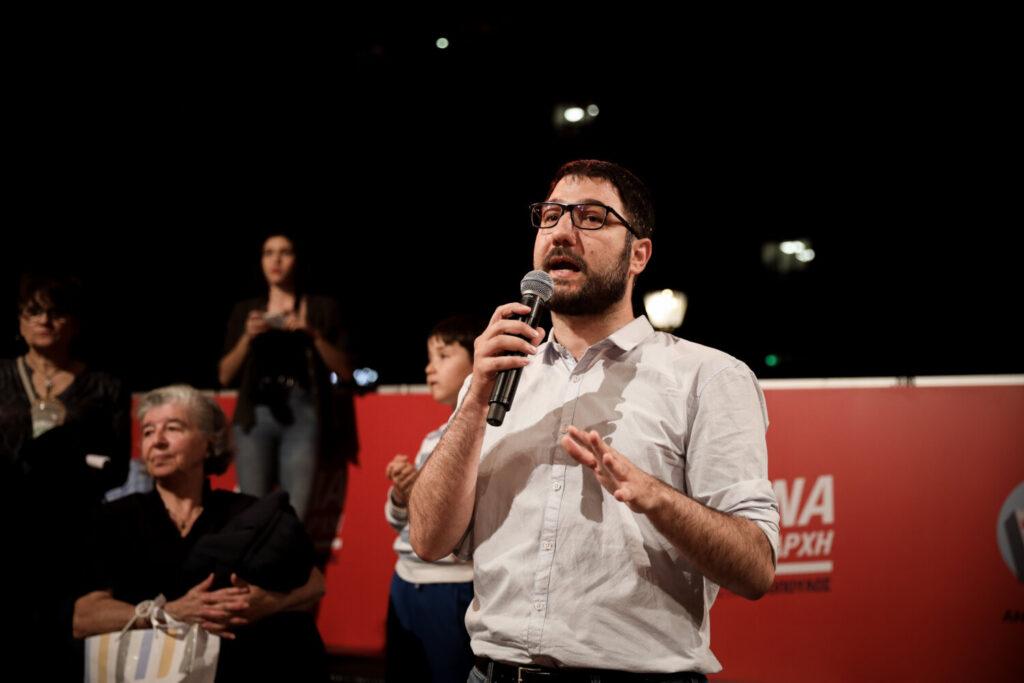 Ηλιόπουλος: Ο κ. Μητσοτάκης συνεχίζει να εξαπατά τους νέους με χυδαίες επιχειρήσεις εξαγοράς ψήφων [βίντεο]